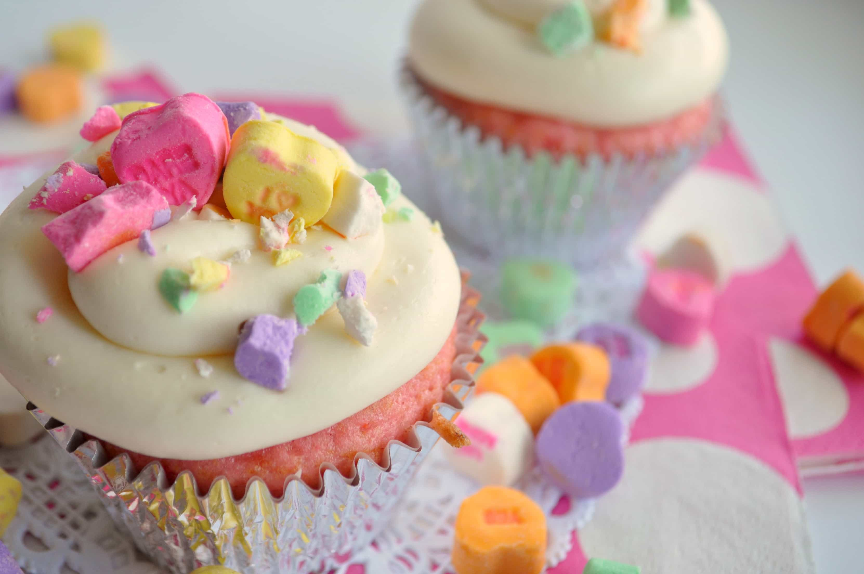 Valentineu0027s Day Cupcake Decorating Ideas {House Of Yumm}