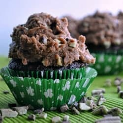 Chocolate Mint Chip Cookie Dough Frosting