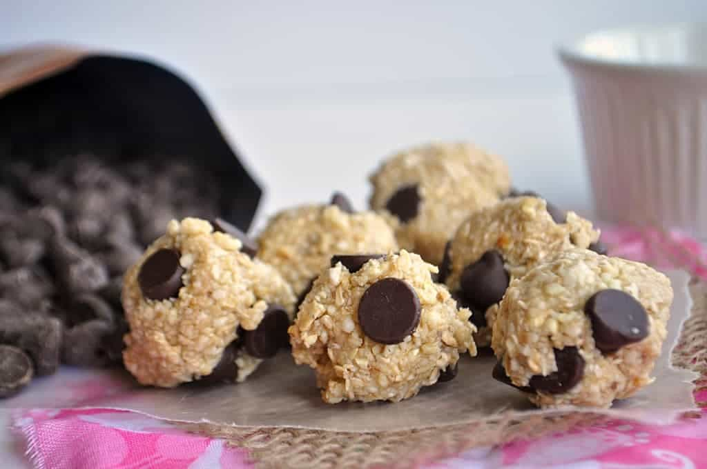 Skinny Chocolate Chip Cookie Dough Bites! #glutenfree #vegan no bake ...