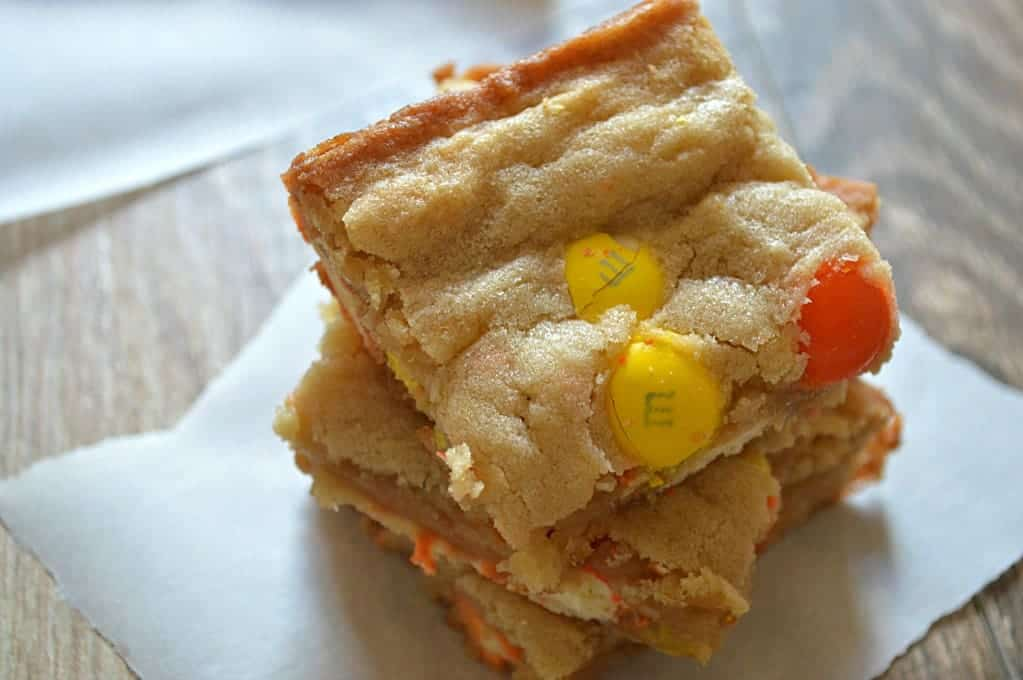 Ghost Brownies!  Blonde brownies loaded with candy corn m&ms.  Have to make these!