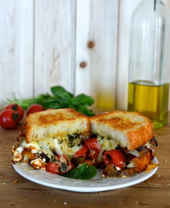 ratatouille-grilled-cheese-550
