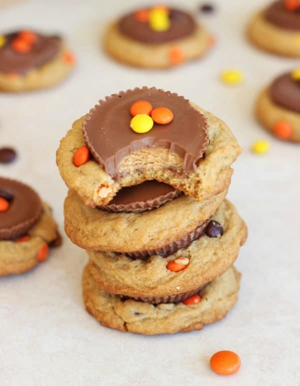 Reeses-peanut-butter-cup-cookies-16-600