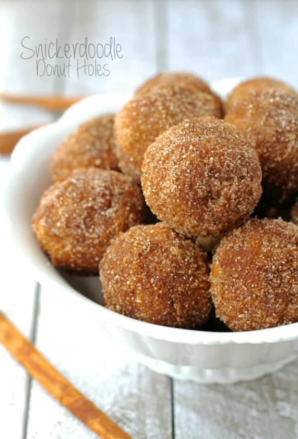 Snickerdoodle-Donut-Holes_600