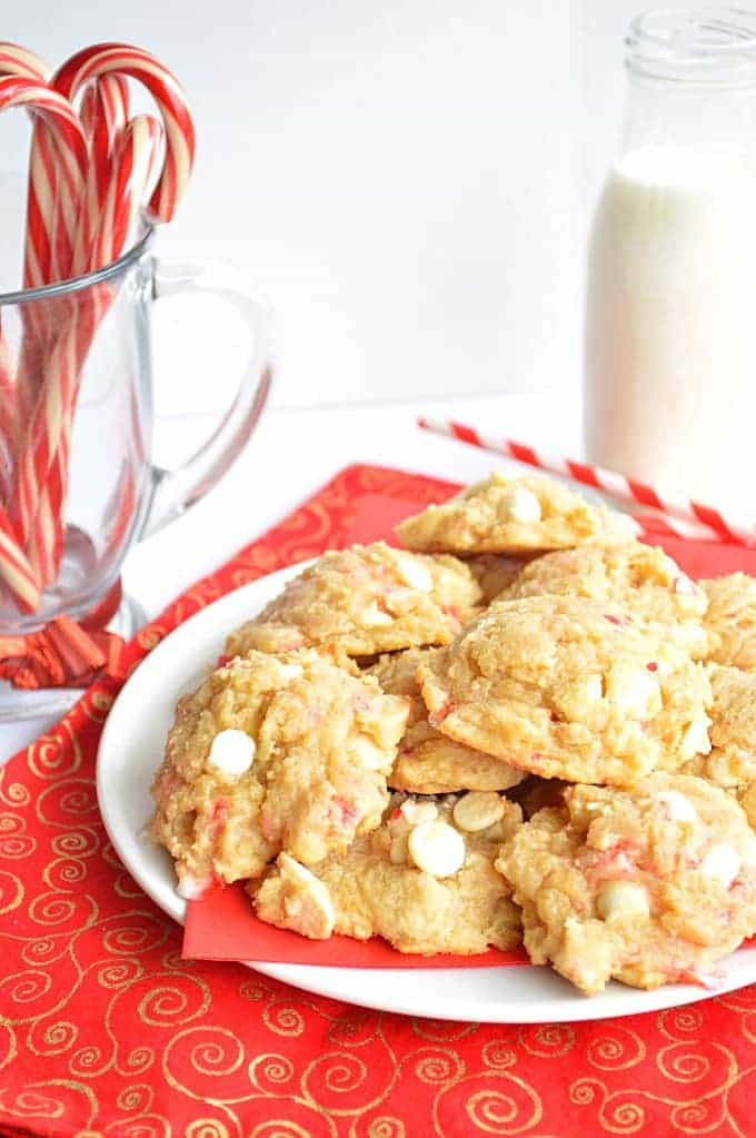 These White Chocolate Peppermint Cookies are super soft with the addition of white chocolate pudding, and loaded with bits of crushed up candy canes giving a festive peppermint flavor!