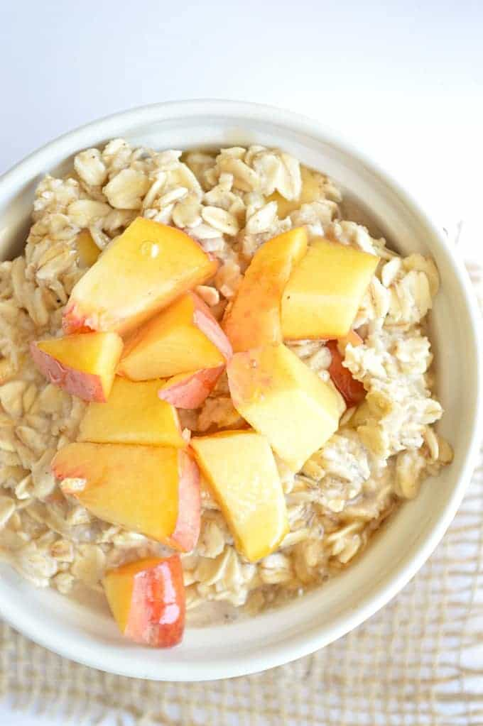 Your breakfast oatmeal meets peach cobbler in this sugar free recipe!