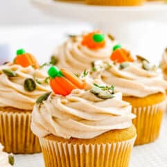 Pumpkin Maple Cupcakes with Cinnamon Cream Cheese Frosting by the Novice Chef.