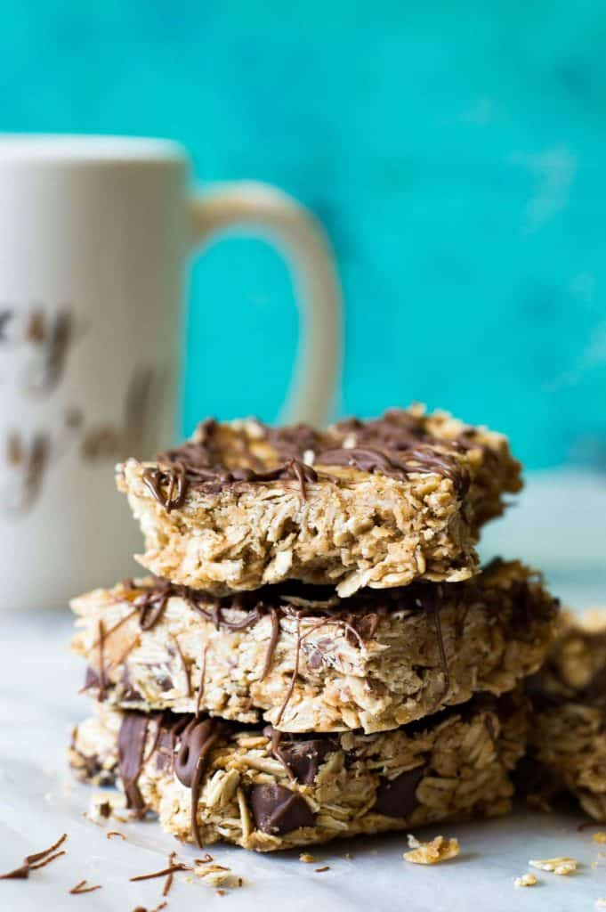 {No Bake} Peanut Butter Chocolate Oatmeal Bars - House of Yumm