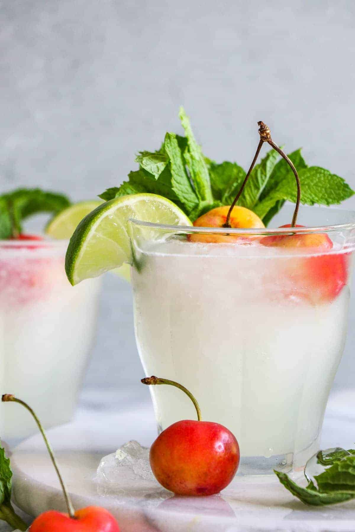 Mint Limeade and Recipe Video! - House of Yumm