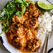 Chicken Curry Meatballs. Curry Spiced ground Chicken meatballs smothered in a creamy curry sauce with a hint of lime and sweetened with honey. This clean eating meal is sure to be a new favorite!