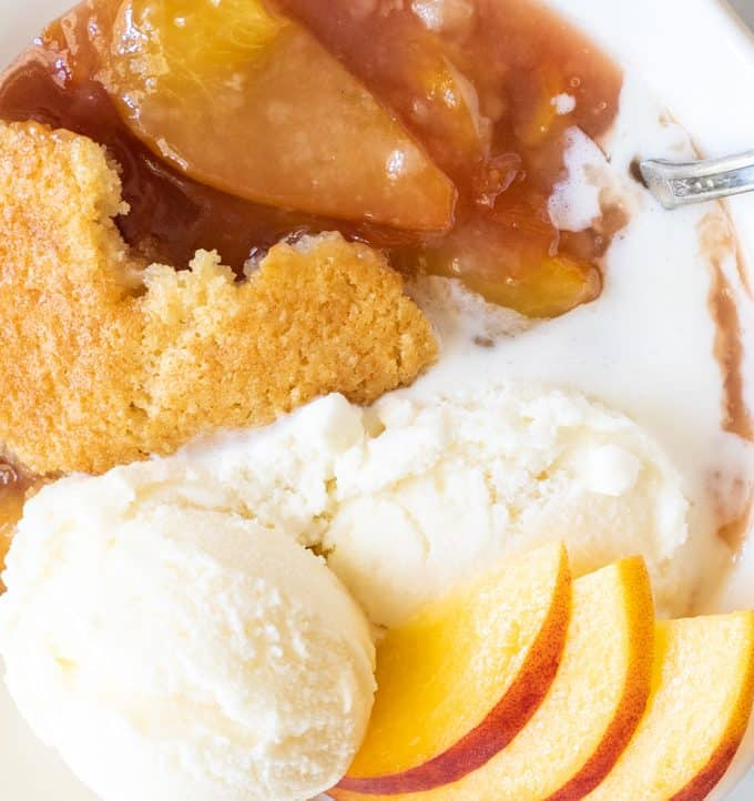 Better than Mamaw's Peach Cobbler